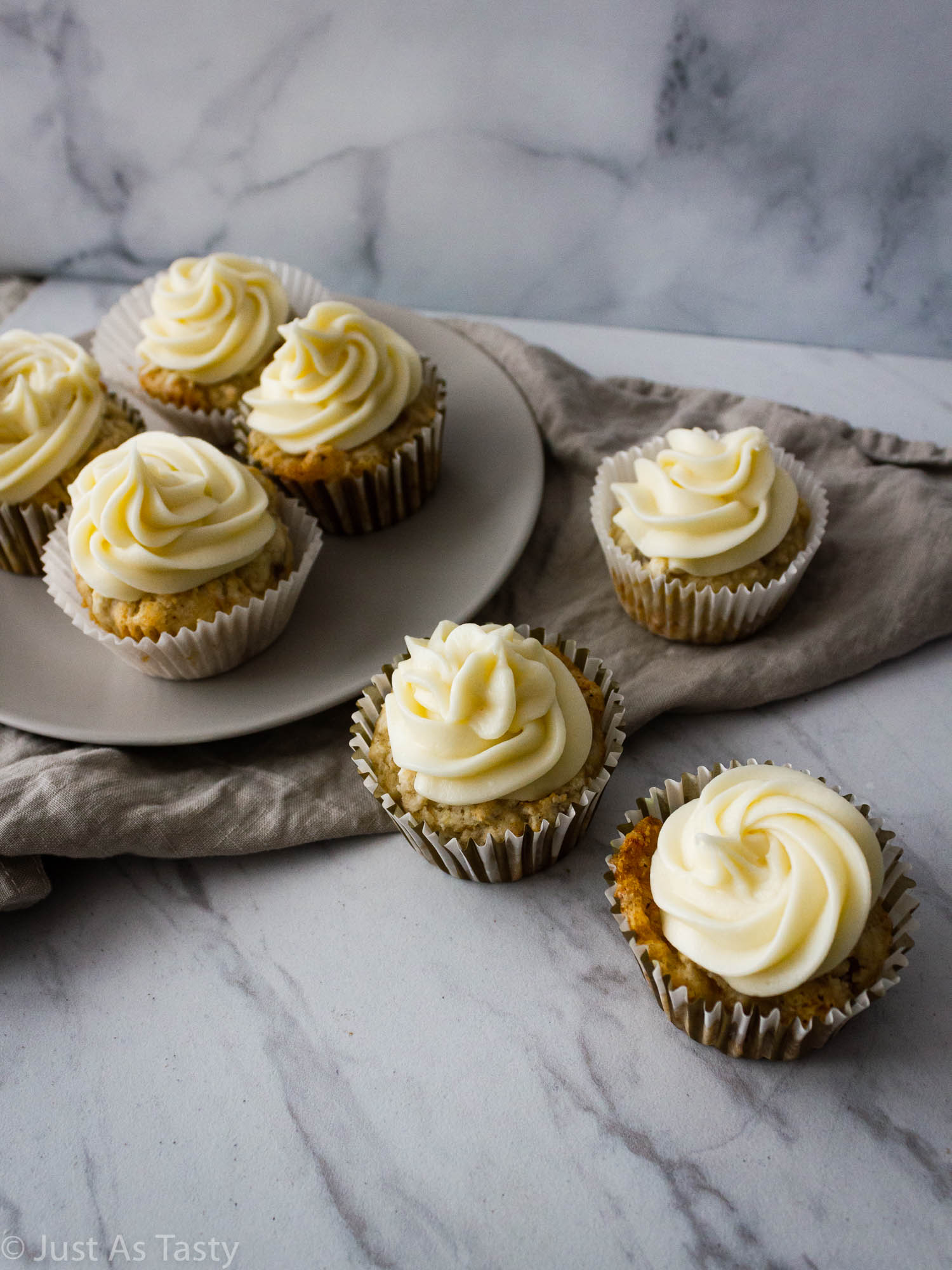 Frosted banana cupcakes.
