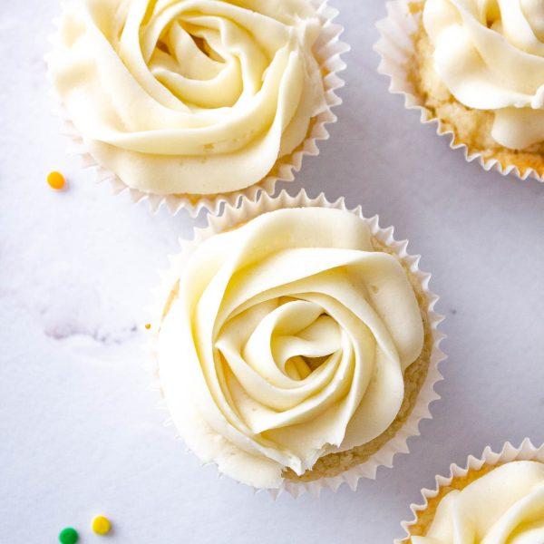 Easy Vanilla Cupcakes – Gluten Free, Eggless